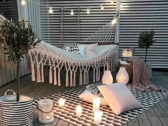 Candele per angolo relax in terrazzo
