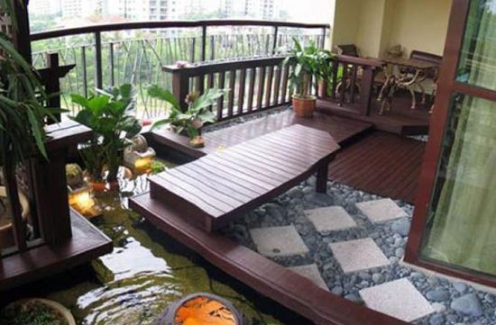 Balcone Zen con fontana